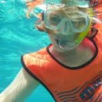 Should a Non-Swimmer Wear a Snorkeling Vest?
